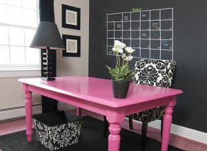 21-chalkboard-wall-planner-pink-black-white-home-office-300x219
