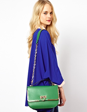 Johnny Loves Rosie Small Chain Detail HandbagRRP $161.50 $93.50