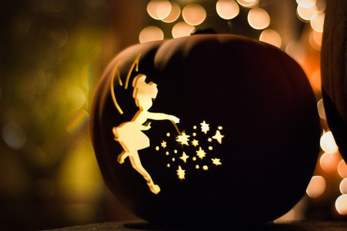 disney-glitter-halloween-lights-Favim.com-918456