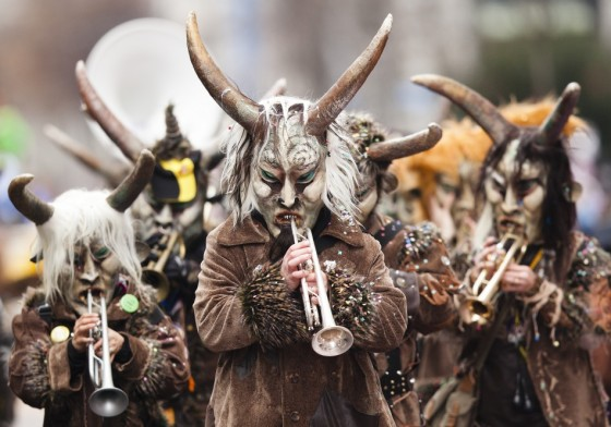 musicians-dressed-carnival-perform-luzern-carnival